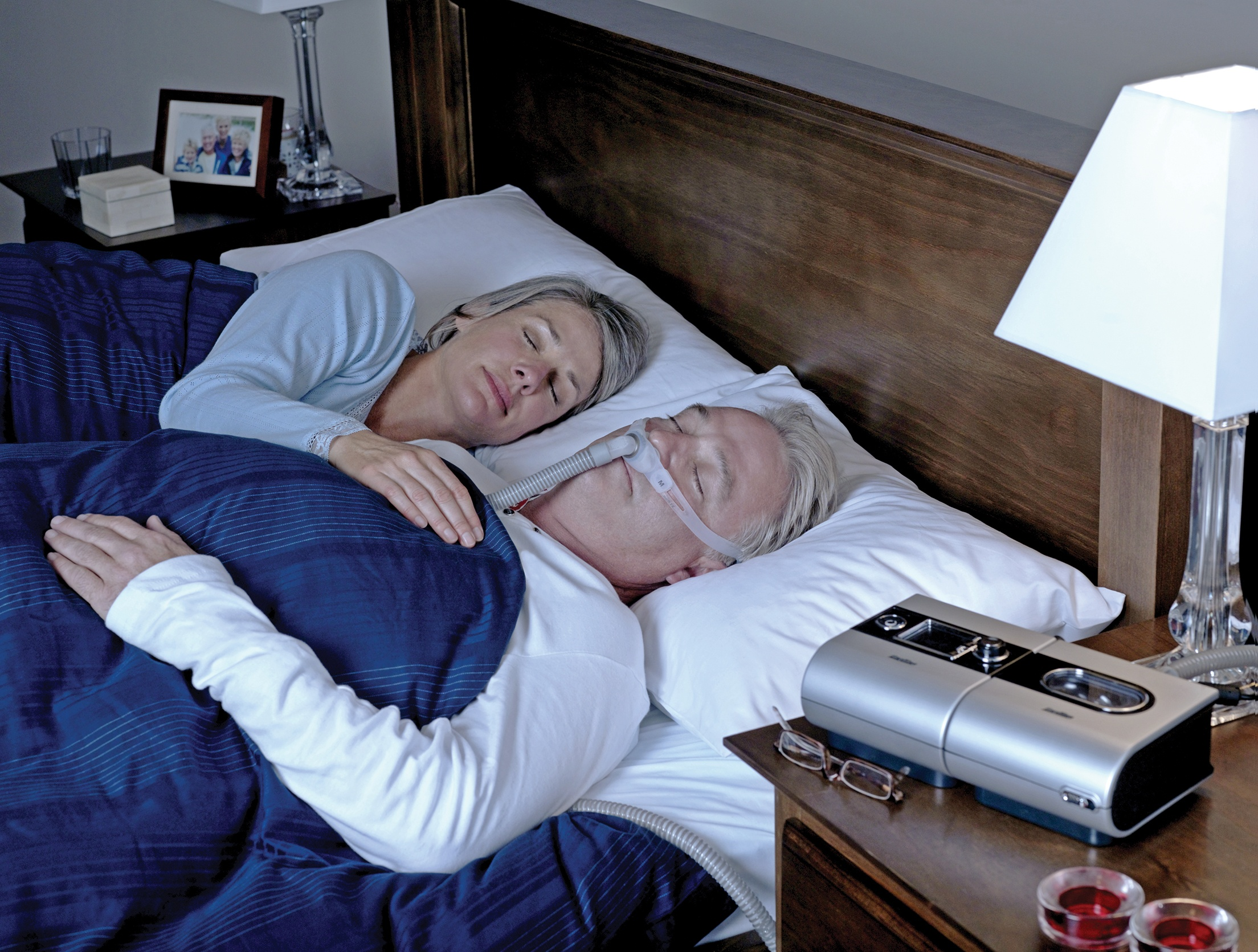 sleeping_couple-S9-SwiftFX.jpg