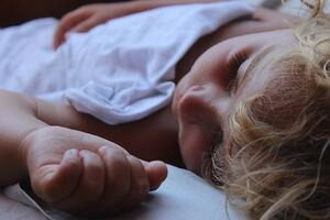 Moving Your Child To His Own Bed (3)