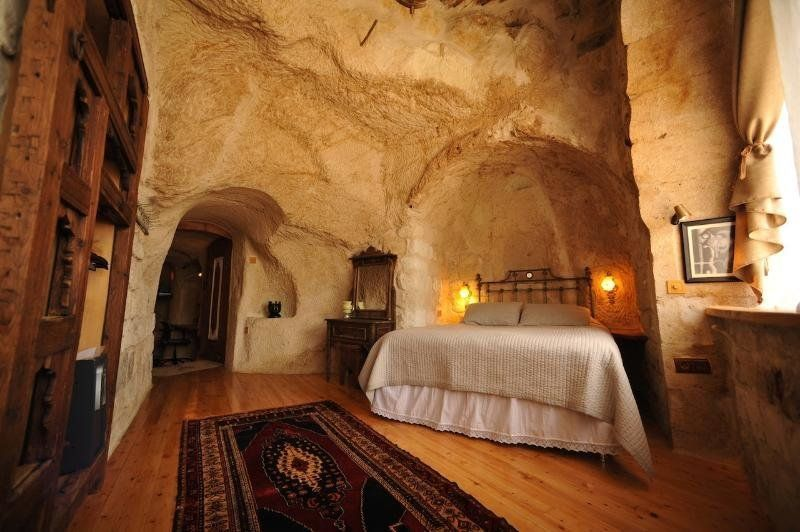 Turn Your Bedroom Into a Sleeping Cave